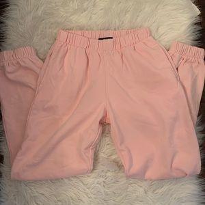 Brandy Melville baby pink Rosa sweatpants